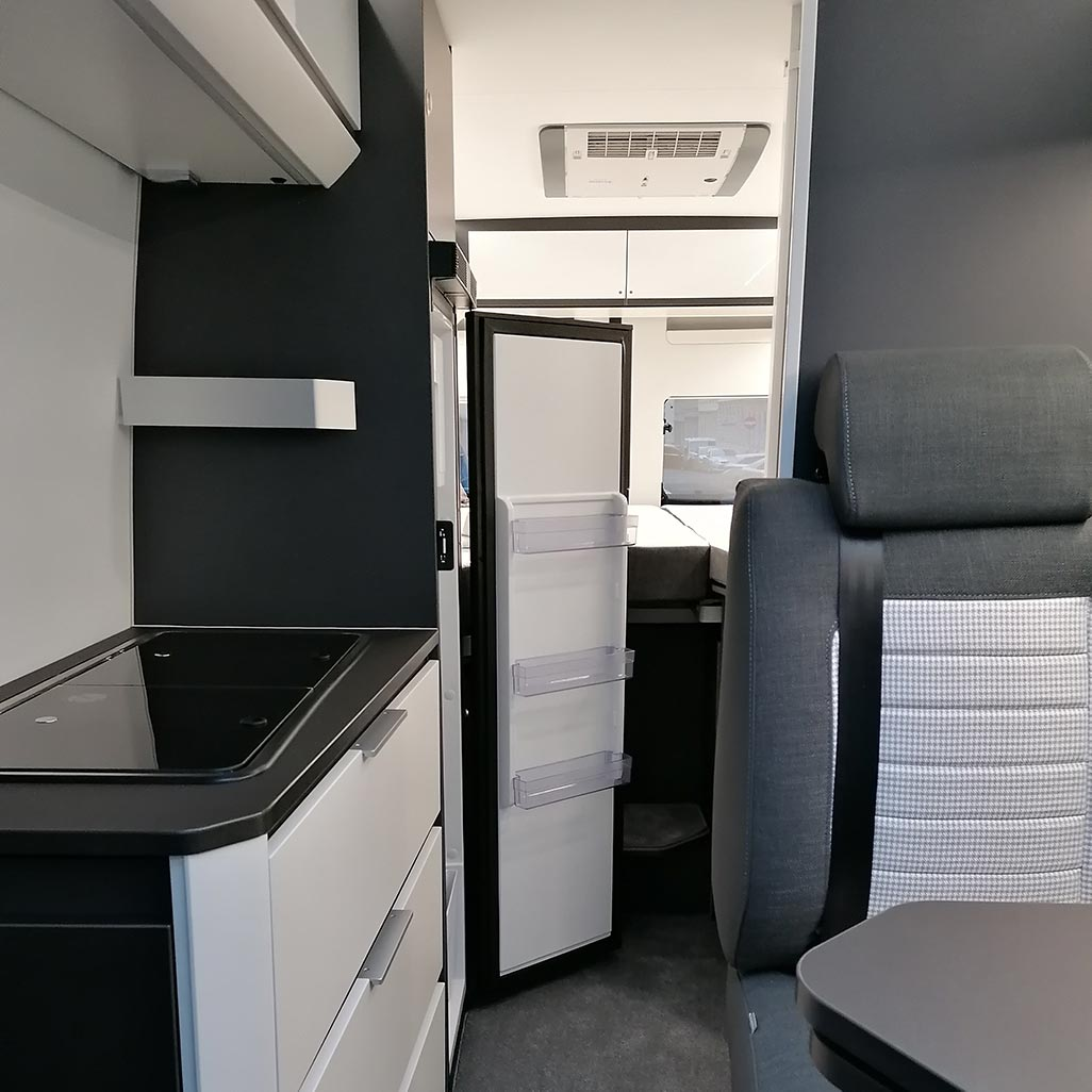 Adria Twin Supreme 640 SLB Innenraum
